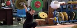 Deng Wei 120kg Hang Snatch